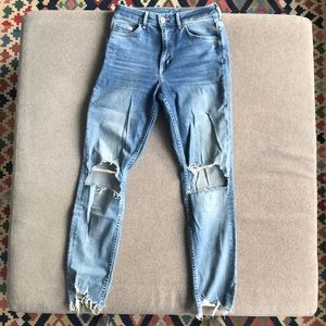 Light Ripped High Waisted Jeans